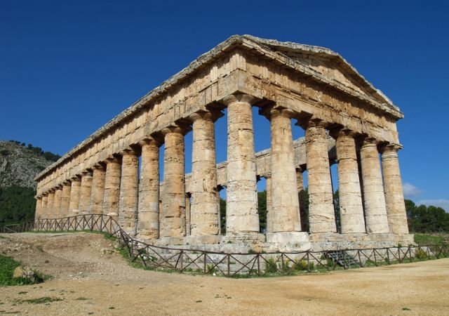 SEGESTA: The mystery of the Elymians.